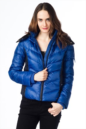 Levi's Down Bomber Bayan Mont