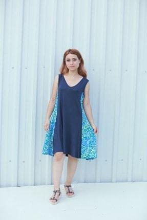Kadın V Yaka Lacivert Renkli Yanları Desenli Büyük Beden Yazlık Elbise MGSVYD01