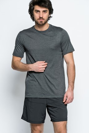 Nike Erkek T-Shirt - Dri-Fit Training Ss -