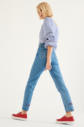 TRENDYOLMİLLA Light Blue Normal Bel Boyfriend Jean
