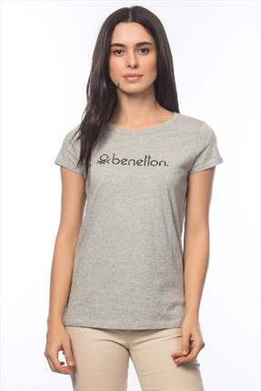United Colors of Benetton Kadın Vintage Logolu T-shirt