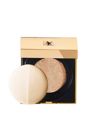 Kompakt Fondöten - Touche Eclat Cushion Compact Foundation No: B-10 3614271634214