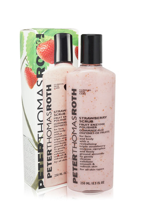PETER THOMAS ROTH Strawberry Scrub Fruit Enzyme Polisher 250 ml 670367003909