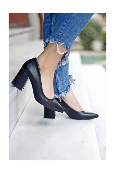 Siyah Deri Kadın  Topuklu Ayakkabı Stiletto Kalın Kısa Topuk Kadın Ayakkabı