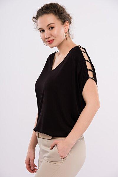 Kadın Büyük Beden Siyah Omuz Dekolteli İnci Detaylı Viskon Bluz 65N15453