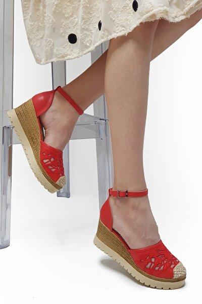 Brovi Kırmızı Dantelli, Dolgu Topuklu Sandalet