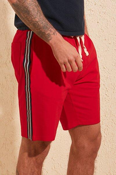 Kırmızı Erkek Regular Fit Şeritli Şort & Bermuda TMNSS20SR0078