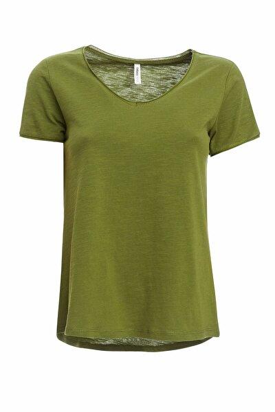 Kadın Yeşil V Yaka Basic Relax Fit Kısa Kollu Tişört K1507AZ20SPGN