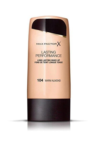 Lasting Performance Foundation No: 104 Warm Almond 8005610379609