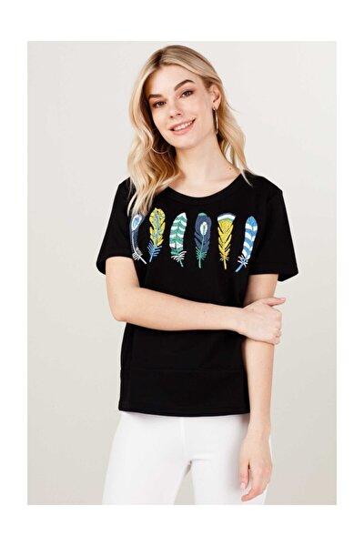Kadın Kuş Tüyü Desenli T-shirt