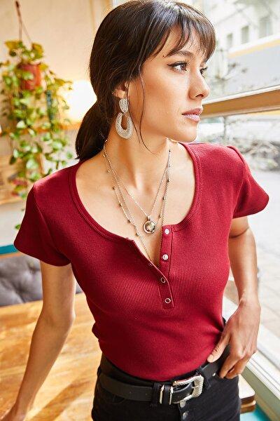Kadın Vişne Çürüğü Çıtçıtlı Kaşkorse T-shirt BLZ-19000171