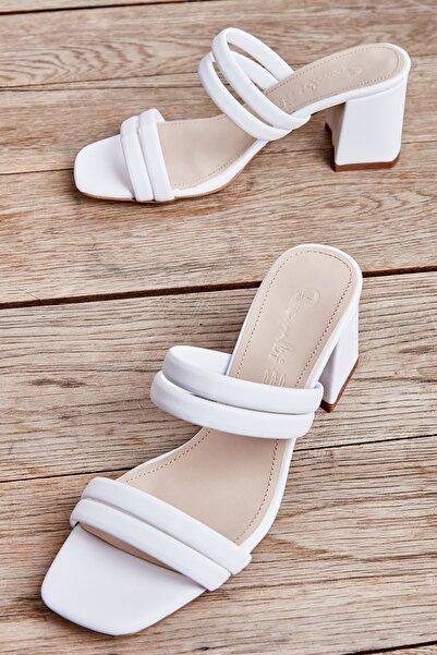 Beyaz Kadın Klasik Topuklu Ayakkabı L05035604