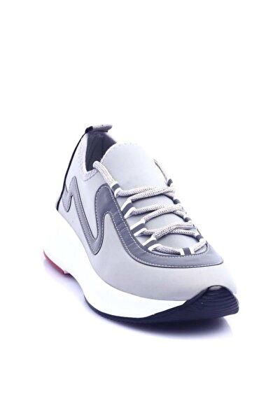Gri Kadın Yürüyüş Ayakkabısı B700-1616