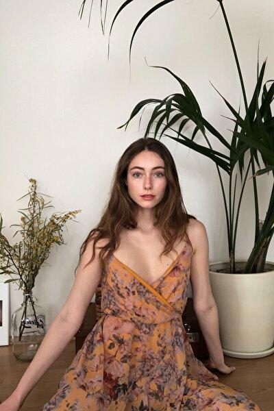 Çok Renkli Çiçek Desenli Asimetrik  Elbise TWOSS20EL2946
