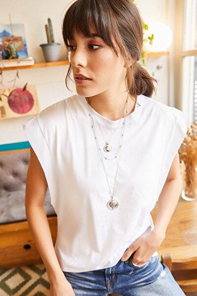 Kadın Beyaz Koltuk Altı Parçalı Yarasa T-shirt TSH-19000330
