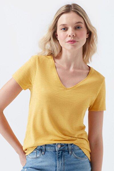 Kadın V Yaka Sarı Basic T-Shirt 168260-32456