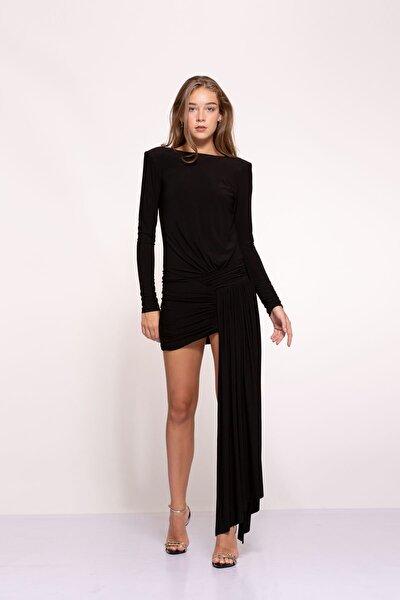 Kadın Siyah Asimetrik Etek Detaylı Sırt Dekolteli Mini Berta Elbise