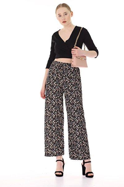 Kadın Siyah Çiçek Desenli Pantolon