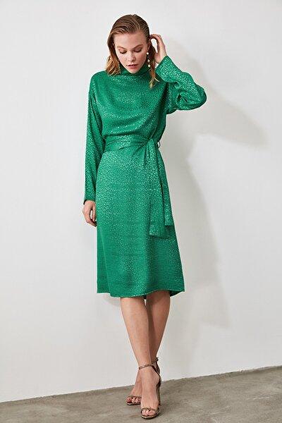 Yeşil Kuşaklı Elbise TWOAW20EL0257