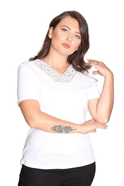 Kadın  Beyaz Büyük Beden Bluz C19014