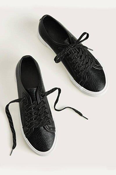 2135 Kadın Günlük Ayakkabı