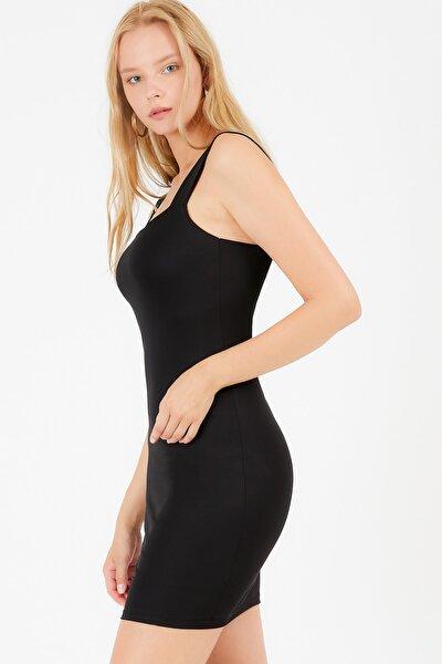Siyah Kalın Askılı Elbise