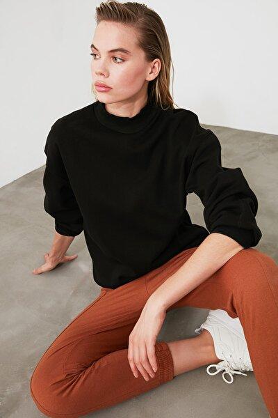 Siyah Dik Yaka Loose Örme Sweatshirt TWOAW20SW0584