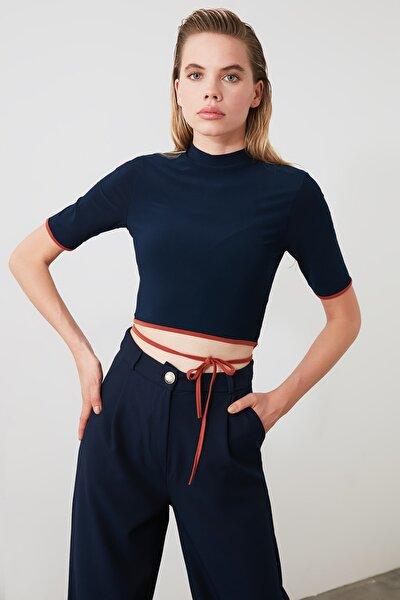 Lacivert Bağlama Detaylı Örme Bluz TWOSS20BZ0156