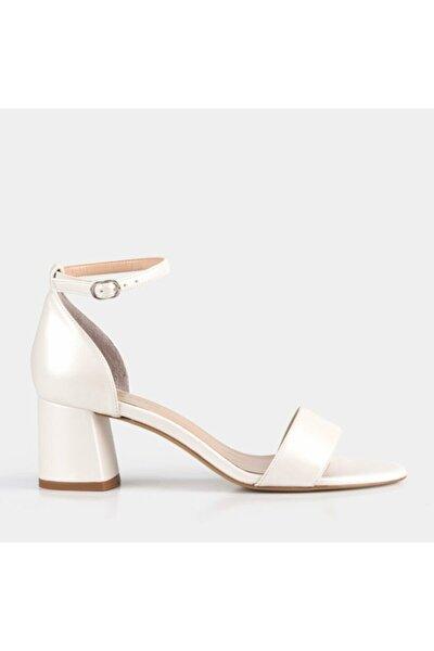 Kadın Beyaz Hakiki Deri Topuklu Sandalet