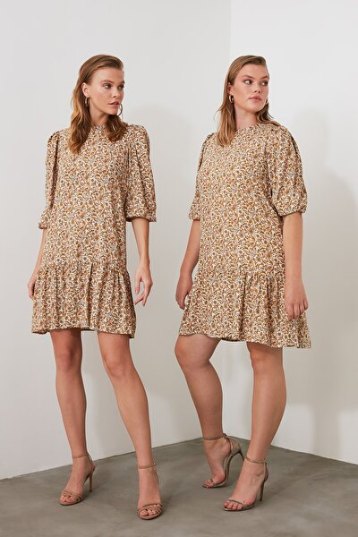 Çok Renkli Volanlı Desenli Elbise TWOAW21EL0393