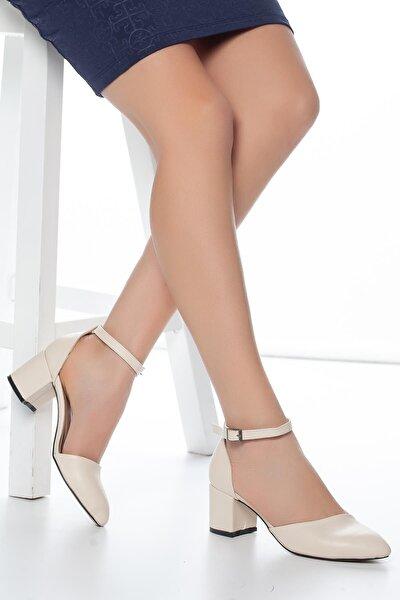 Kadın Ten Tek Bant Kısa Topuklu Ayakkabısı