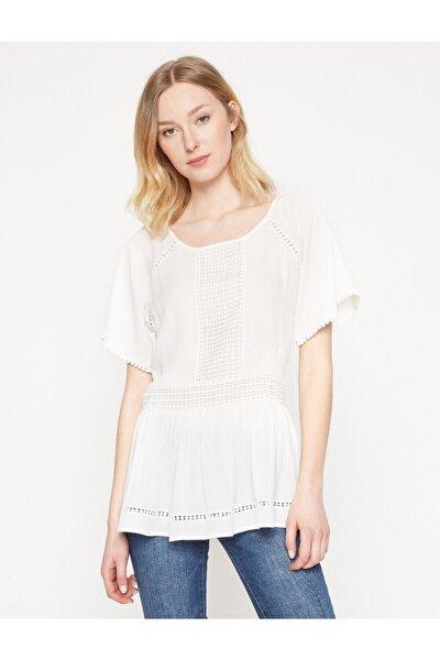 Kadın Beyaz Bluz 7YAK63422EW