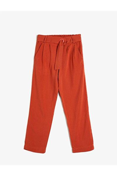 Kız Çocuk Kırmızı Cepli Kemerli Pantolon