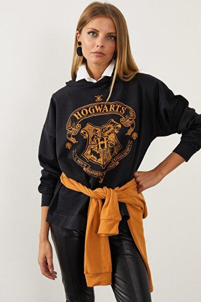 Kadın Siyah Hogwarts Önü Baskılı Kapüşonlu Sweatshirt ELT03