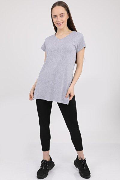 Kadın Gri V Yaka Yırtmaçlı Kısa Kol Pamuklu T-Shirt Mdt3025