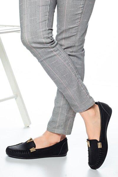 Siyah Tokalı Kadın Günlük Klasik Ayakkabı Md1001-113-0002