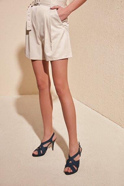 Petrol Süet Kadın Klasik Topuklu Ayakkabı TAKSS20TO0425