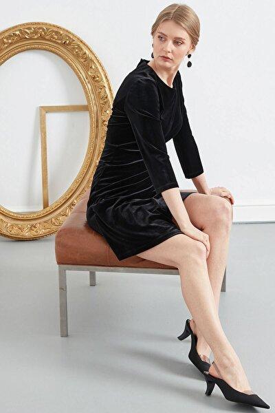 Kadın Siyah Sıfır Yaka Truvakar Kol Kadife Elbise