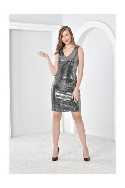 Kadın Gümüş V Yaka Kolsuz Parlak Nokta Baskılı Elbise