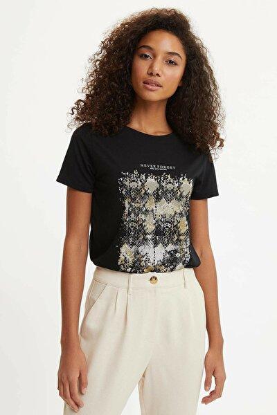 Kadın Siyah Baskılı Kısa Kollu T-Shirt O0200AZ.20SM.BK27