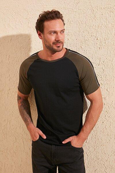 Siyah Erkek Basic Regular Fit T-Shirt TMNSS20TS0862