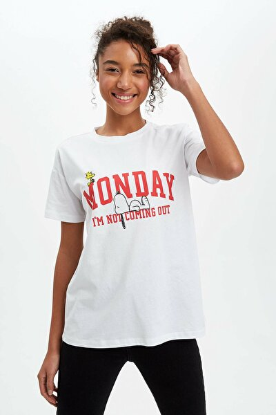 Kadın Beyaz Snoopy Lisanslı Kısa Kollu T-Shirt N7864AZ.20SP.WT34