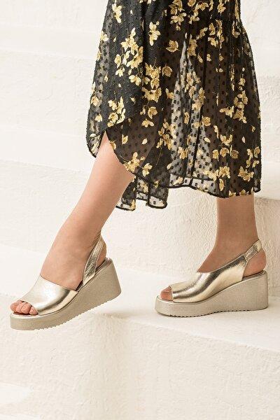 SANDE Hakiki Deri Altın Kadın Sandalet
