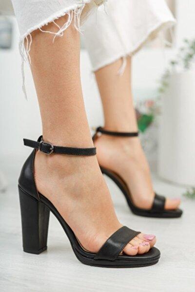 Kadın Siyah Cilt Kısa Topuk Platform Ayakkabı