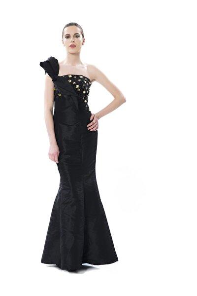 Taş Detaylı Siyah Uzun Abiye Elbise