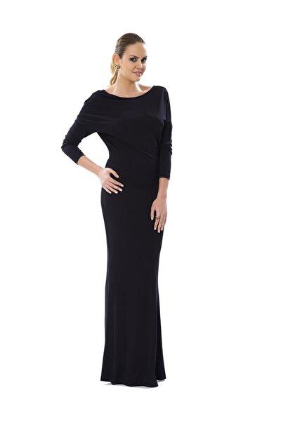 Sırt Dekolteli Siyah Uzun Abiye Elbise