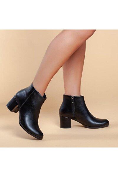 Bayan Düz Siyah Topuklu Bot