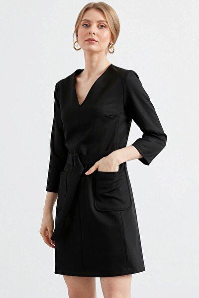 Elbise V Yaka-beli Kemerli Ve Torba Cep Detaylı