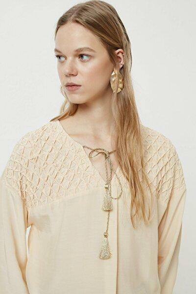 Kadın Şampanya Roba Detaylı Gömlek 0YKGM6133X
