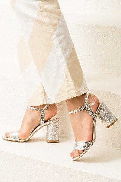 SYLVIAA Lame Kombin Kadın Sandalet